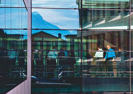 LGT-pankki on Liechtensteinin veroparatiisin suurin.