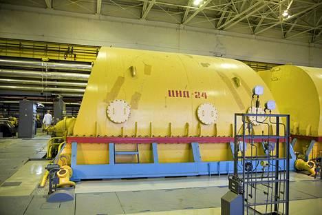 Sosnovy Borin ydinvoimalan höyryturbiini.