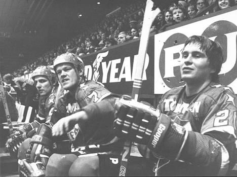 HIFK:n penkillä vuonna 1978 Matti Hagman (edessä), Lauri Mononen ja Reijo Laksola.