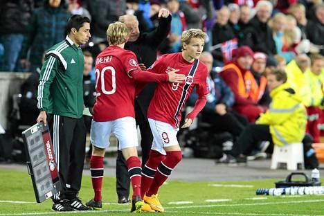 Martin Ødegaard debytoi syksyllä Norjan maajoukkueessa historian nuorimpana pelaajana.