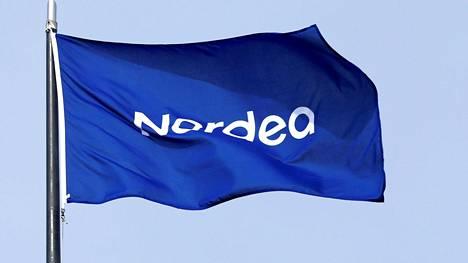 Nordean lippu liehui pääkonttorilla Helsingissä toukokuussa 2017.