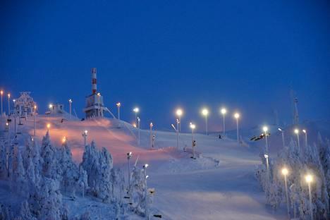 Rukan laskettelurinne Kuusamossa marraskuussa 2010.