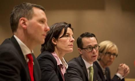 Neljä puolustusministeriä, Tanskan Nick Hækkerup, Ruotsin Karin Enström, Suomen Carl Haglund ja Norjan Anne-Grete Strøm-Erichsen kertoivat perjantaina Rovaniemellä, että pohjoismainen puolustusyhteistyö etenee monella rintamalla.