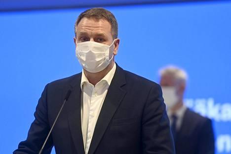 Helsingin pormestari Jan Vapaavuori pääkaupunkiseudun koronakoordinaatioryhmän tiedotustilaisuudessa Helsingissä 20. marraskuuta 2020.
