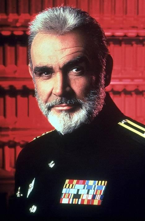 Punaisen lokakuun metsästys -elokuvassa kapivoiva neuvostoliittolaisalus ja sen kapteeni (Sean Connery) saavat peräänsä sekä neuvostoarmeijan että CIA:n.