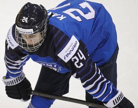 Kaapo Kakko himoitsi heti kentälle, kun jääkiekon Liiga jatkuu ja hän pelaa perjantaina Tapparaa vastaan.