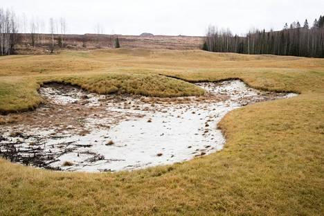 Vantaan Golfpuistoon Petikossa ennätettiin rakentaa puolikas golfkenttä valmiiksi ennen kuin toiminta pysähtyi rikosepäilyihin.