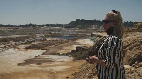 Eteläafrikkalainen Mariette Liefferink on aktivisti, joka yrittää saada kaivosyhtiöt vastuuseen tekemistään ympäristötuhoista.