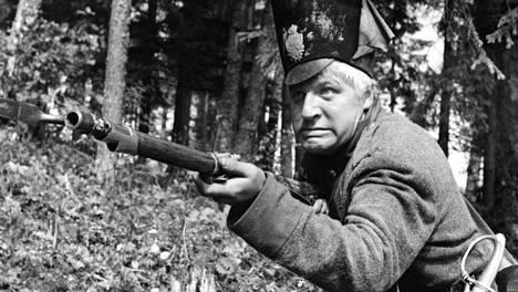 Veikko Sinisalo on sählärisotilas Sven Tuuva