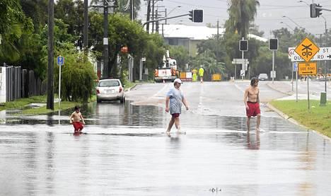 Voimakkaiden sateiden ennustetaan jatkuvan vielä tulevina päivinä Townsvillen kaupungissa.
