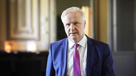 Suomen pankin pääjohtaja Olli Rehn toimii kansainvälisen jalkapalloliiton Fifan korona-avustuksia valvovan komitean puheenjohtajana.