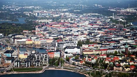 Ennusteen mukaan suurimmat vieraskielisten kieliryhmät ovat vuonna 2035 Helsingin seudulla Lähi-idän, Pohjois-Afrikan ja Kauko-Aasian kieliä puhuvat.