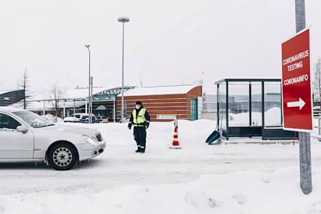 Suomen ja Ruotsin rajalla Torniossa järjestetään rajatarkastuksia.