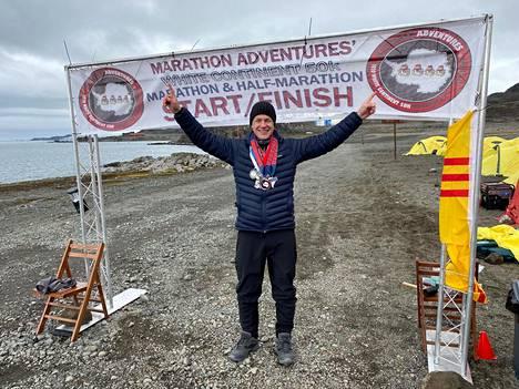 Viimeisen maratonin maalissa oli helppo hymyillä.