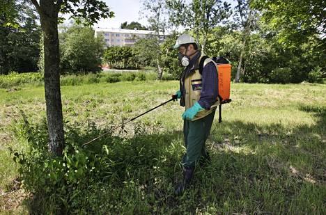 Kaupungin puistoja on myrkytetty glyfosaatilla.