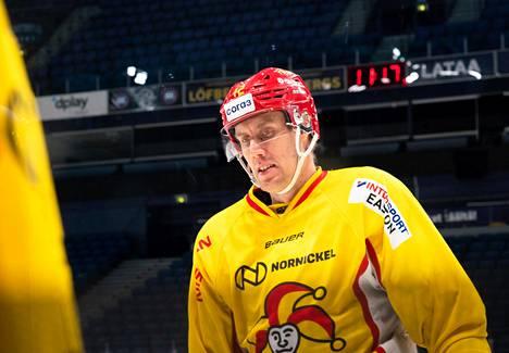 Marko Anttila kantoi kapteenin C-kirjainta Leijonissa ja Jokereissa.
