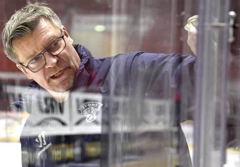 Päävalmentaja Jukka Jalonen Leijonien jääharjoituksissa Helsingissä 4. helmikuuta 2020.