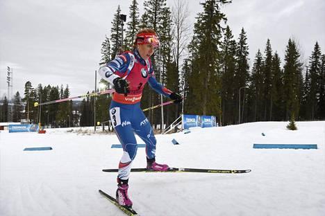 Gabriela Koukalová oli Nové Měston yhteislähtökilpailun paras. Kuva joulukuun alusta Ruotsin Östersundista.