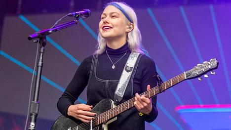 Phoebe Bridgersin laulujen lauseet jäävät kummittelemaan päähän. Kuvassa Bridgers festivaalikeikalla San Franciscossa Kaliforniassa elokuussa 2019.