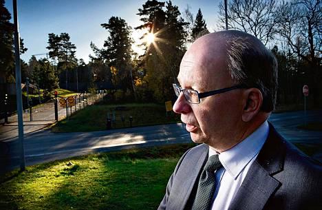 """""""Mikään maa ei puhu siitä, keiden kanssa tekee tiedusteluyhteistyötä"""", sanoo Ruotsin viestitiedustelulaitoksen uusi johtaja Dag Hartelius."""