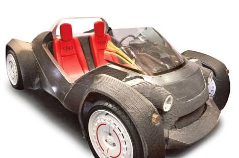 Yhdysvaltalainen Local Motors valmisti viime vuonna maailman ensimmäisen 3d-tulostetun toimivan auton. Se on nimeltään Strati. Auton on luvattu tulevan markkinoille tänä vuonna.