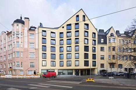 Katajanokalle osoitteeseen Linnankatu 3 haluttiin rakentaa jugend-tyylinen uusi asuinkerrostalo. Kaupunkisuunnitteluvirasto ei kannattanut suunnitelmaa.