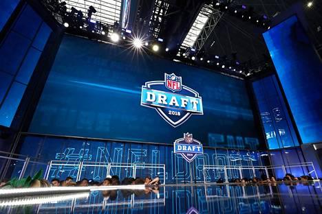 NFL:n valintatilaisuus aiotaan järjestää kuukauden päästä Las Vegasissa. Kuva on vuoden 2018 tilaisuudesta Arlingtonista.