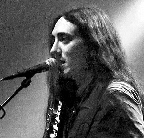 Alcestin laulaja Neige kiertäisi mieluiten My Bloody Valentinen, Smashing Pumpkinsin tai Slowdiven kanssa, mutta Beastmilk kelpaa myös.