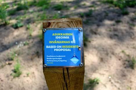 Jokiuomanpuiston niittyhanke on osa Vantaan kaupungin osallistuvaa budjetointia.