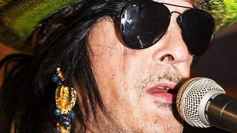 McCoyn mukaan uuden levyn musiikki on sitä, mitä Hanoi Rocks tekisi nykyisin.