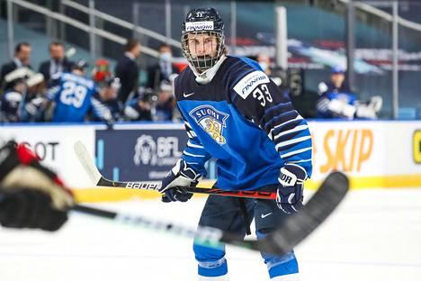 Brad Lambert on Suomen kirkkaimpia tähtiä alle 18-vuotiaiden MM-kisoissa.