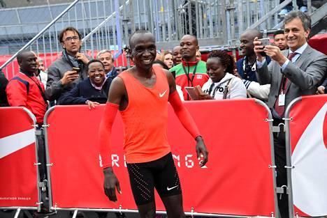 Eliud Kipchoge iloitsi toukokuussa Monzassa juoksemaansa kaikkien aikojen nopeinta maratonaikaa.