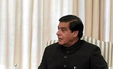 Pakistanin korkein oikeus määräsi pääministeri Raja Pervez Ashrafin pidätettäväksi.