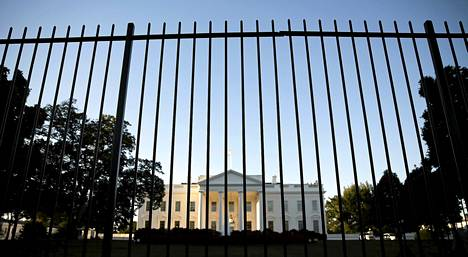Yhdysvaltain presidentti asuu ja työskentelee Washingtonissa sijaisevassa Valkoisessa talossa.