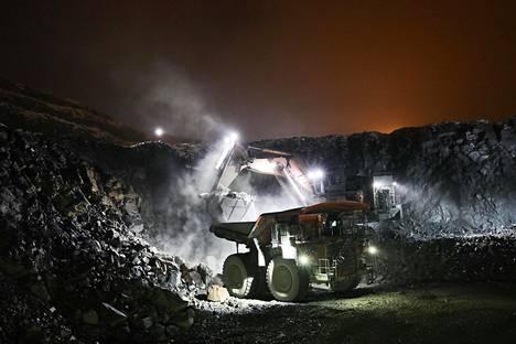 Sähköautojen ympärillä alkoi Suomessa iso tohina, kun Terrafame kertoi marraskuussa alkavansa jalostaa nikkeli- ja kobolttisulfiittia sähköautojen akkuihin. Kuvassa Terrafamen kaivos Sotkamossa.
