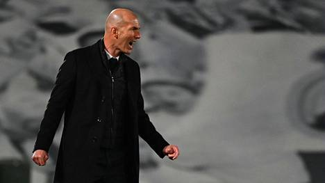 Real Madridin päävalmentaja Zinedine Zidane reagoi Mestarien liigan ottelun tapahtumiin Alfredo di Stefano -stadionilla 6. huhtikuuta.