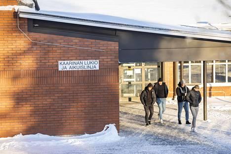 Kaarinan lukiossa on noin 350 opiskelijaa.