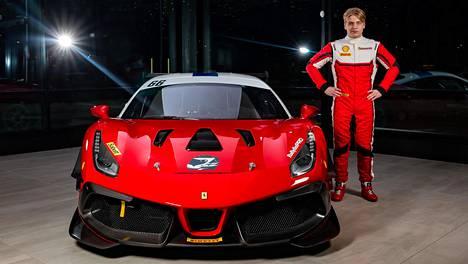 Ferrari 488 Challenge Evo -auto toimii Luka Nurmen työvälineenä tulevalla kaudella.