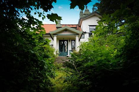 Villingin saaren Villa Widablick on päässyt ränsistymään kaupungin omistuksessa.