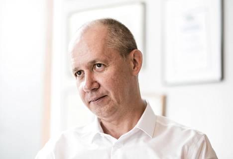 Valeri Tsapkala pakeni heinäkuussa Valko-Venäjältä Venäjän ja Ukrainan kautta puolaan. Kuva on otettu Puolan Varsovassa 19. elokuuta 2020.