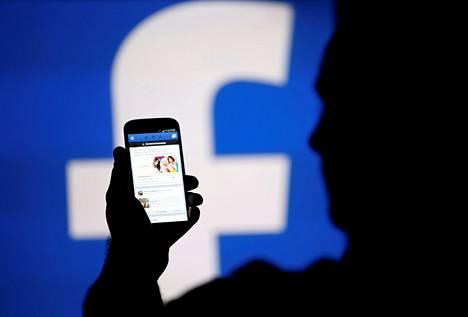 Facebook haluaa tänä vuonna suosia luotettavien uutisten lisäksi informatiivisia ja paikallisia uutisia.