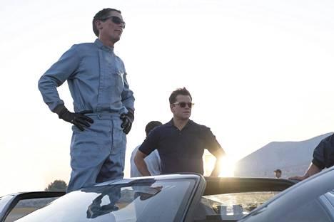 Christian Bale (vas.) ja Matt Damon esittävät kaksikkoa, joka kehittää voittoisan kilpa-auton.