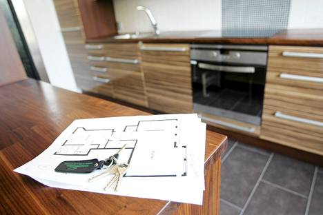 Edellisen vuoden vastaavaan ajankohtaan verrattuna uusien asuntojen hinnat nousivat koko maassa 5,3 prosenttia, pääkaupunkiseudulla nousua oli 5,0 prosenttia.