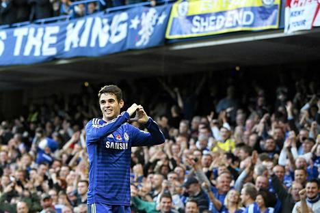 Oscar teki Chelsean kanssa pitkän jatkosopimuksen.