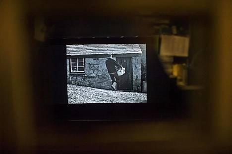 Elokuvateatteri Lapinsuussa näytetään mykkäelokuvaa.