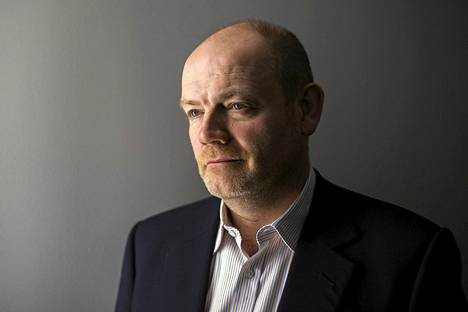 BBC:n entinen pääjohtaja Mark Thompson kiistää parlamentaarisen komitean syytökset yhtiön rahankäytöstä.