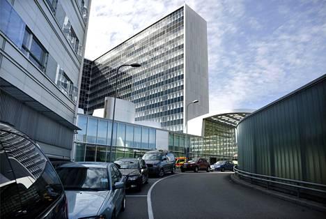 Meilahden sairaala-alueella on viime vuosina remontoitu useita rakennuksia, kuten esimerkiksi kuvan tornisairaala.