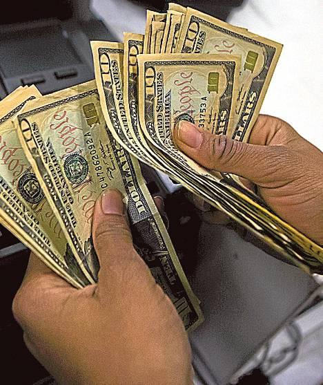 Yhdysvaltojen talous nojaa vahvasti yksityiseen kulutukseen, joka kasvaa nopeasti.