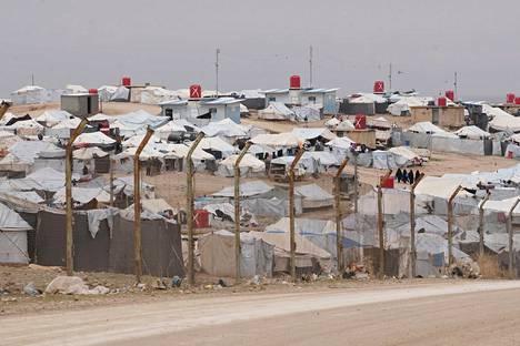 Monet Isisiin liittyneet länsimaalaiset naiset ovat päätyneet kurdien ylläpitämälle al-Holin pakolaisleirille Koillis-Syyriaan.