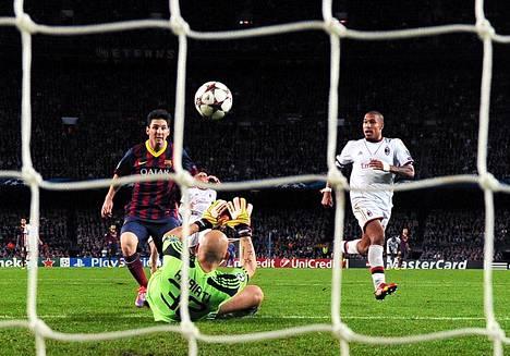 Barcelonan Lionel Messi osui kahdesti AC Milania vastaan.